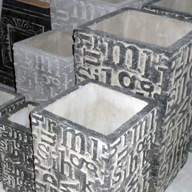 betonstein grau einmal ganz anders keramikstadel. Black Bedroom Furniture Sets. Home Design Ideas